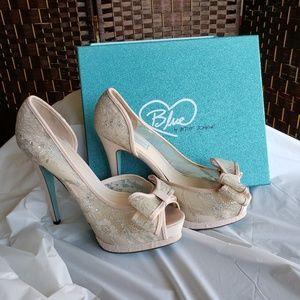 Betsey Johnson Champagne Heels - Size 9.5M